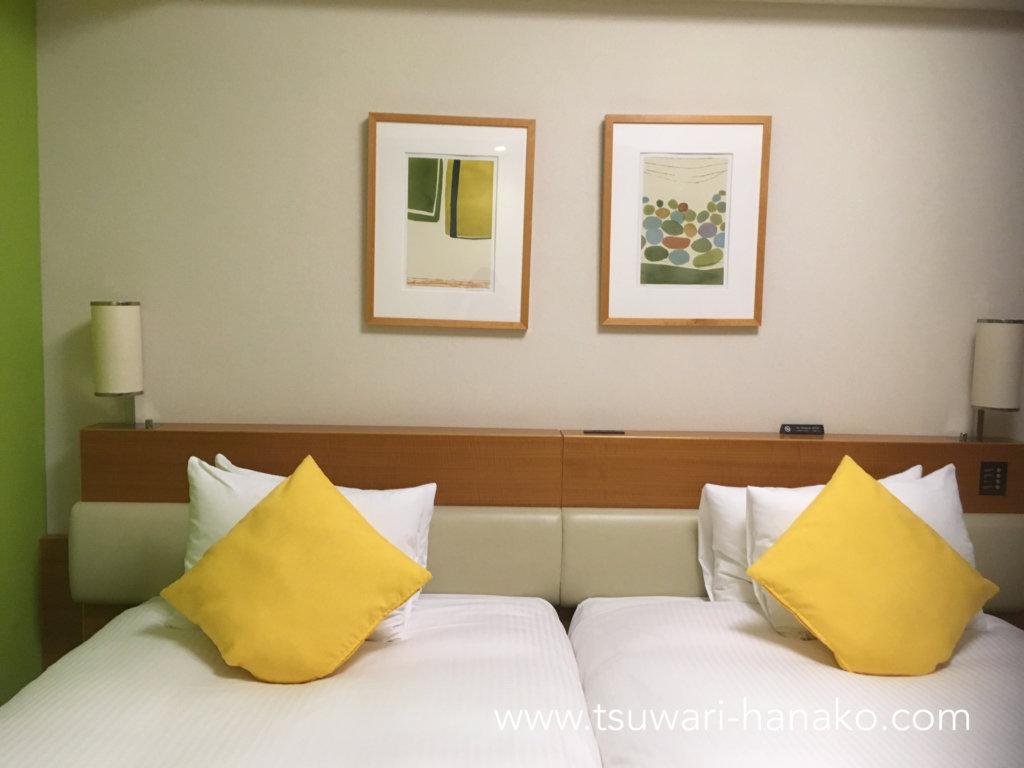 東京ベイ舞浜ホテルシンフォニールームの枕とクッション